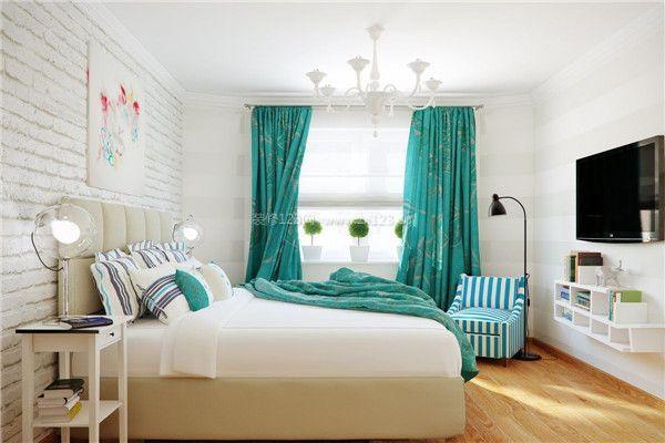 墙面开裂,水电路布线安全隐患,噪音,室内温控不稳,地下室防潮,涂料和