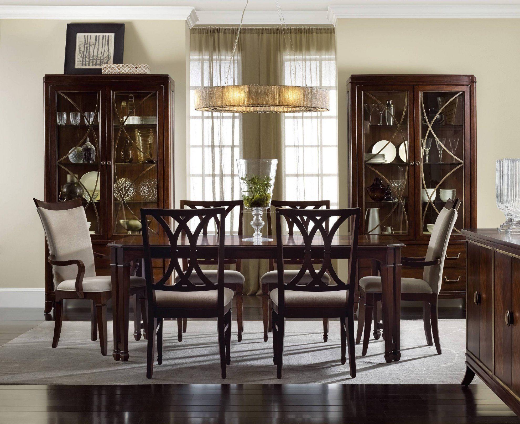 欧式餐厅装饰酒柜实木家具装修效果图片