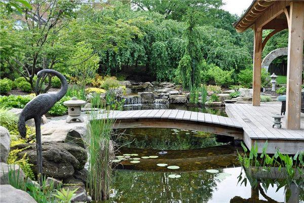 如创造庭院的形象时,为了突出和强调园内的局部景观,利用相互对立的体图片