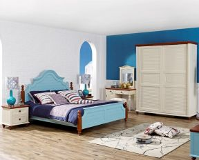 海风格实木家具浅灰色木地板装修效果图片-地中海风格家具图片图片