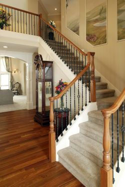 美式别墅复式楼阁楼楼梯扶手效果图