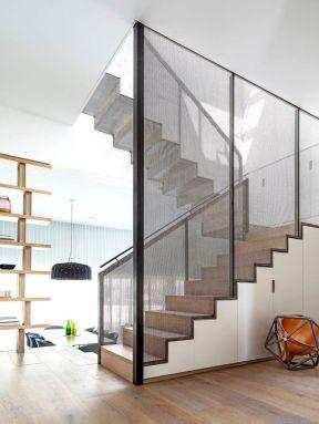 2017复式楼梯间玻璃护栏装修图片