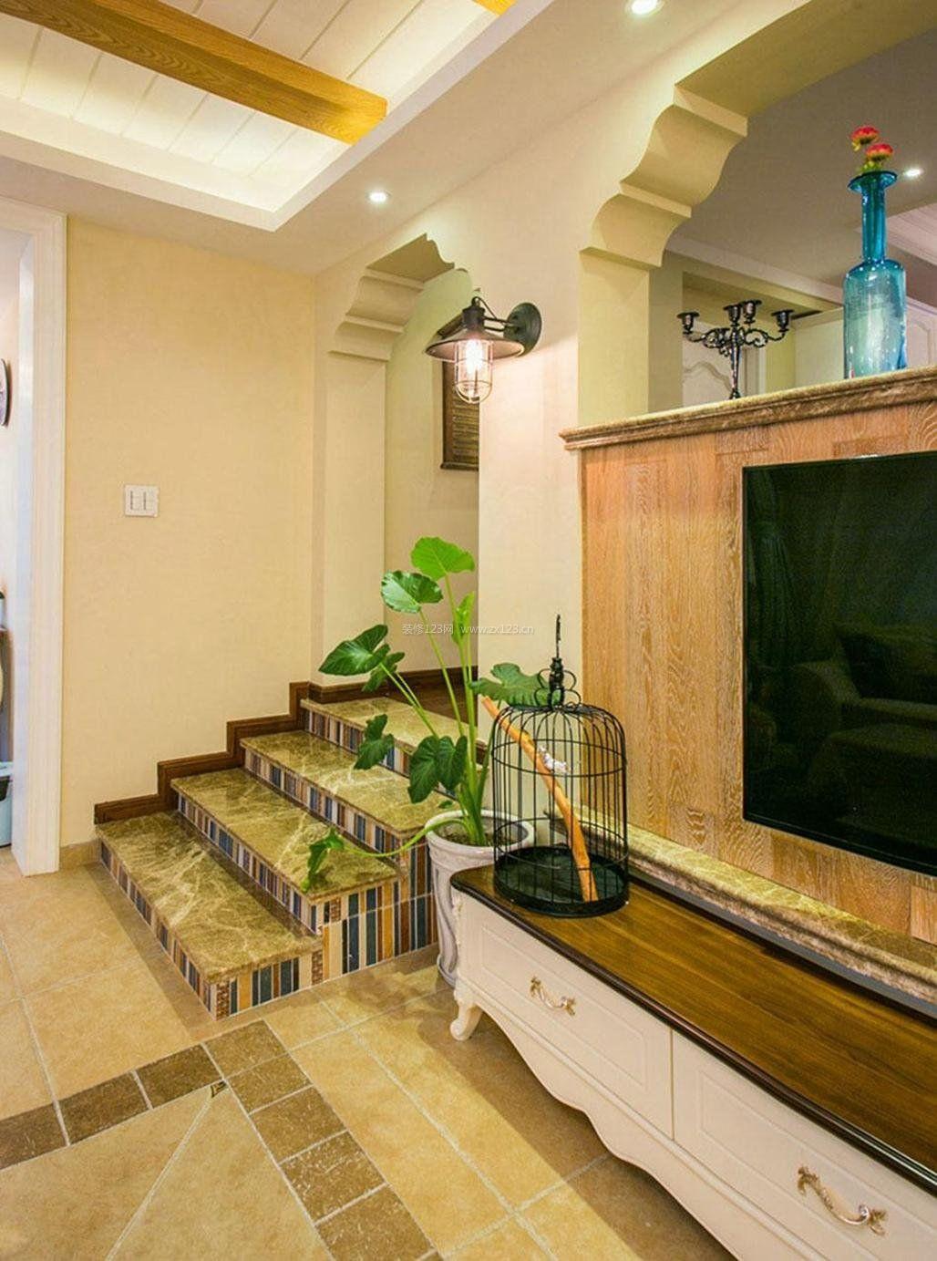 乡村田园风格房屋室内楼梯设计图_装修123效果图
