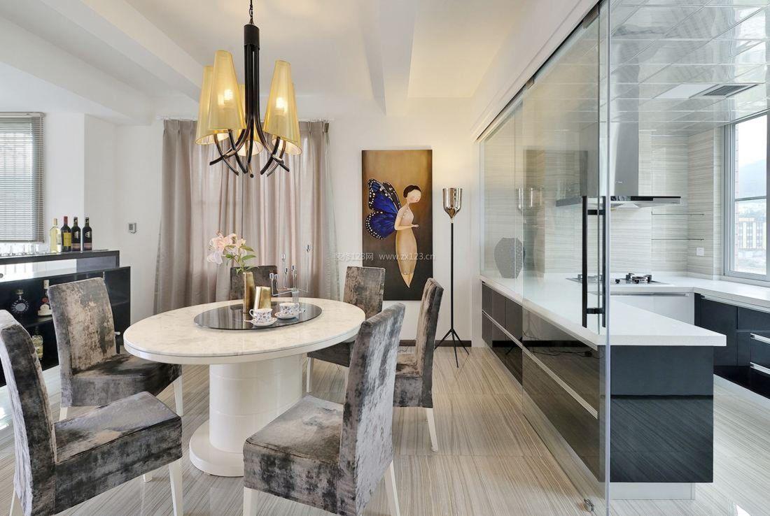 现代风格家居餐厅与厨房玻璃隔断效果图图片