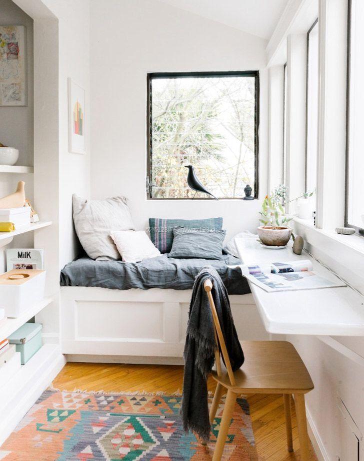 阳台转角飘窗改书桌设计
