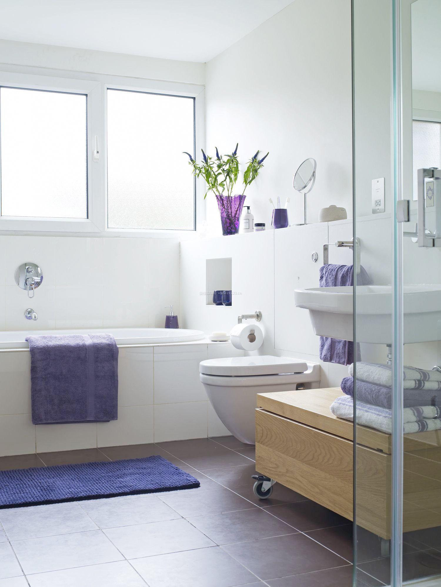 4平米正方形家庭卫生间浴室装修效果图