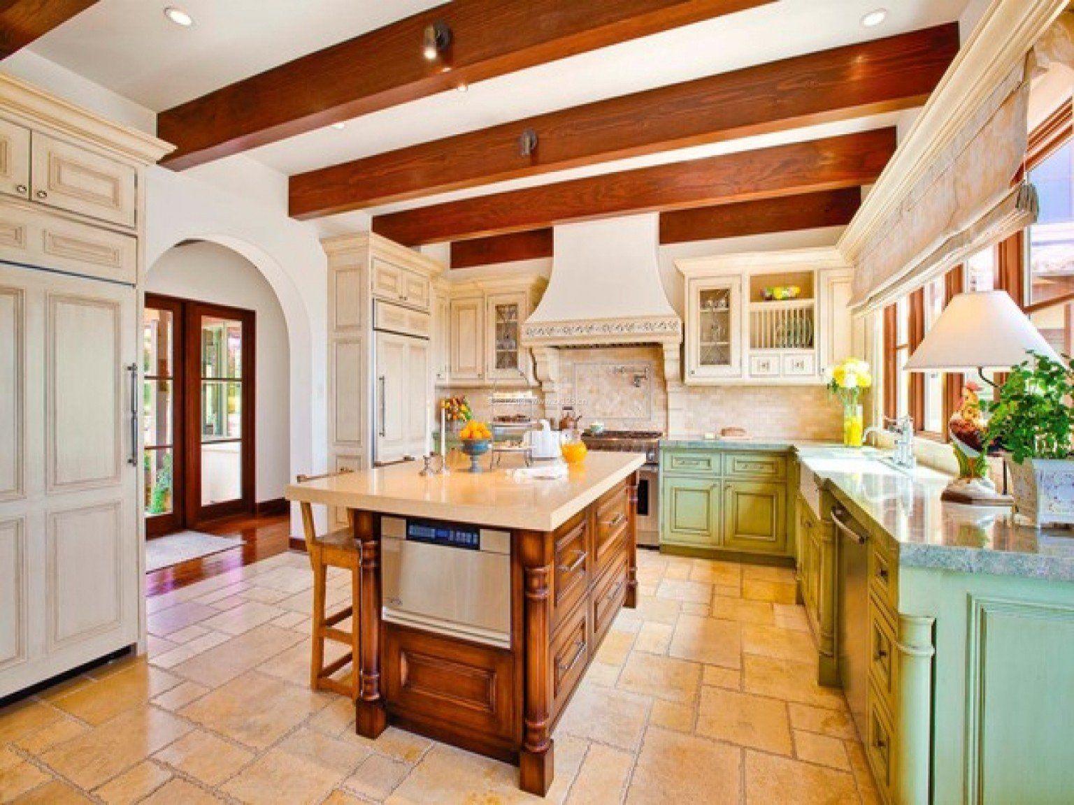 别墅地中海风格厨房实木橱柜效果图_装修123效果图