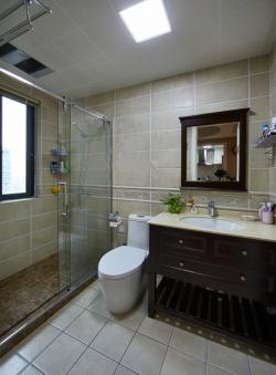 卫生间淋浴隔断圆形浴缸装修图