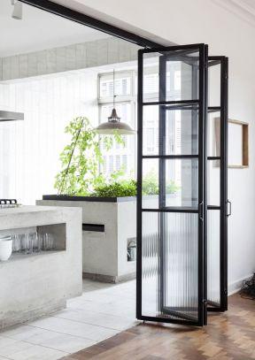 2017厨房餐厅玻璃移门隔断效果图图片