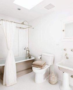 北歐風格衛生間浴簾隔斷裝修圖片