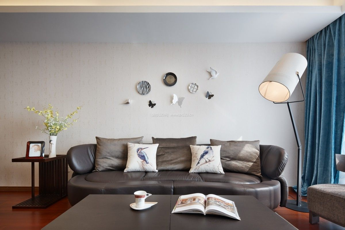 小户型家居客厅墙面装饰装修效果图片
