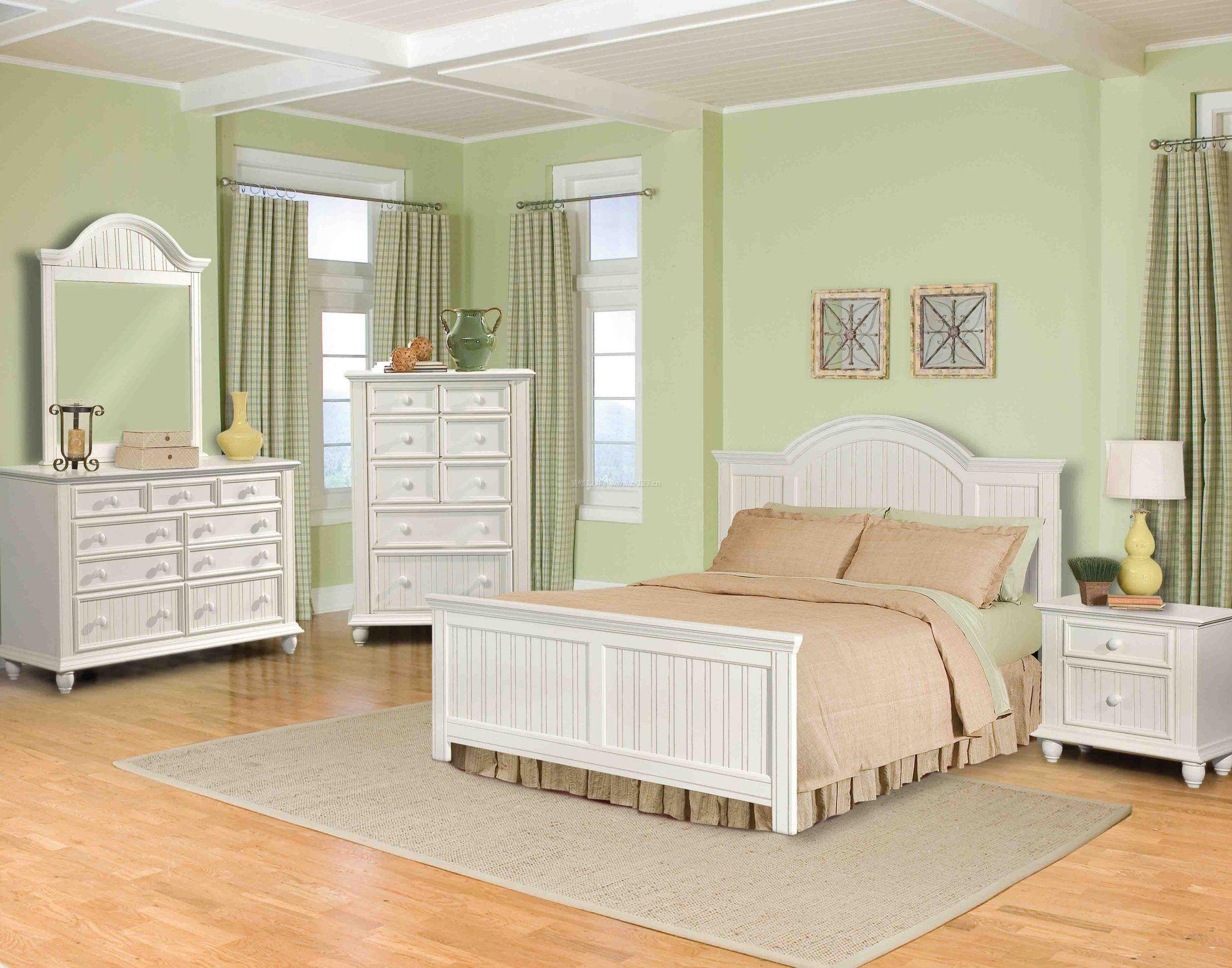 北欧风格卧室松木家具效果图