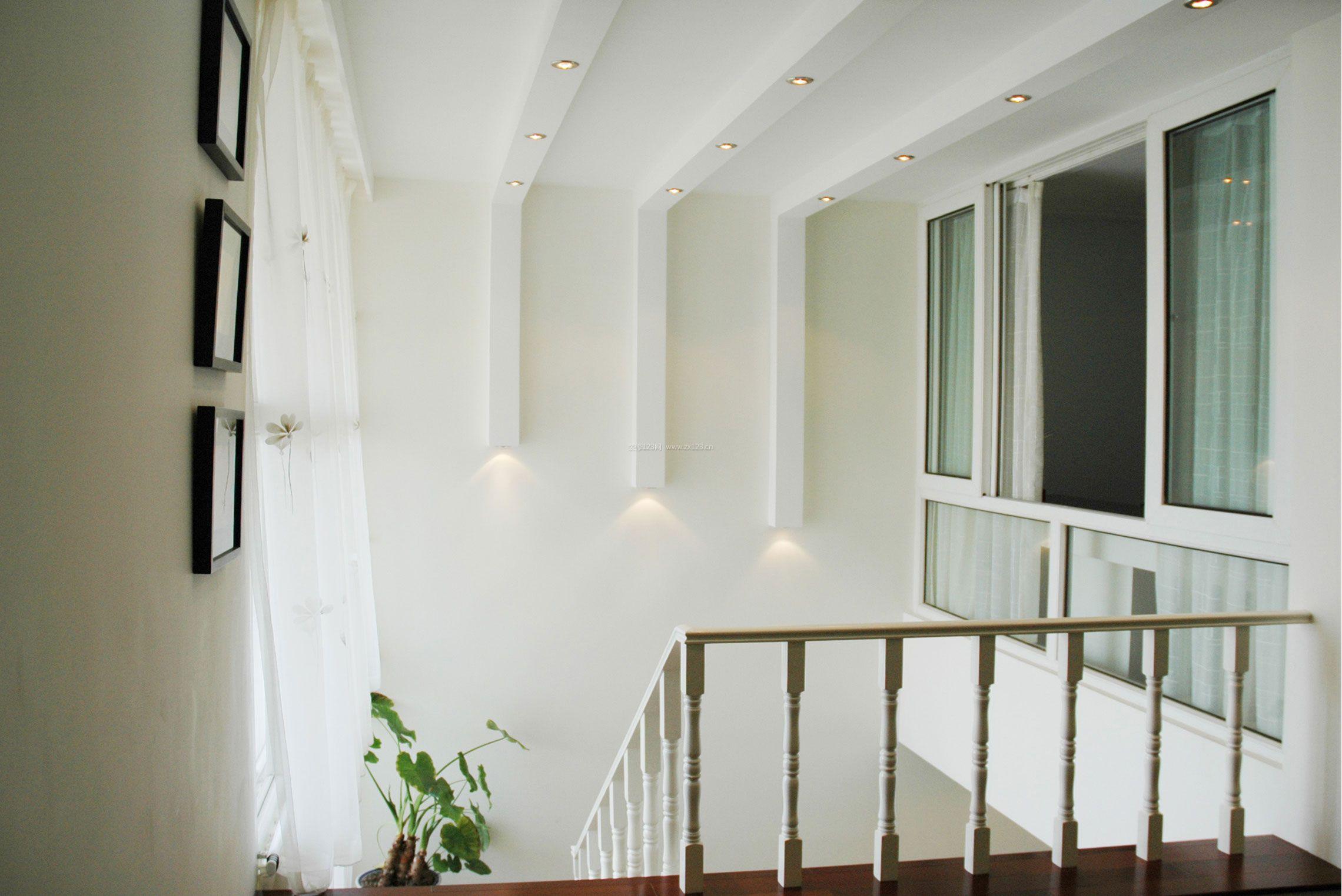 现代复式楼石膏板吊顶装修效果图片
