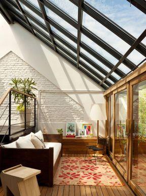 顶楼带阁楼天花板吊顶装修效果图