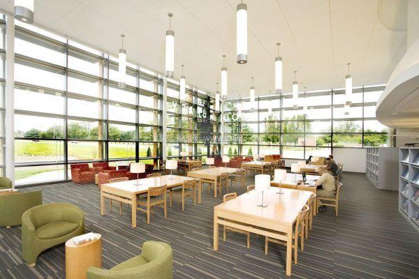 大连图书馆室内装修设计 图书馆书架尺寸设计图片