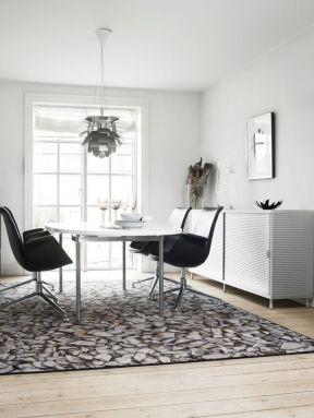 現代化新房設計 餐廳圓餐桌