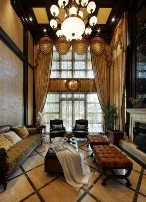 歐式復古風格 挑高客廳裝修效果圖