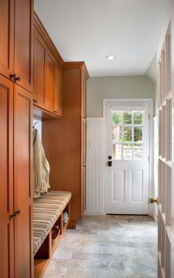 住宅房屋进门玄关柜设计