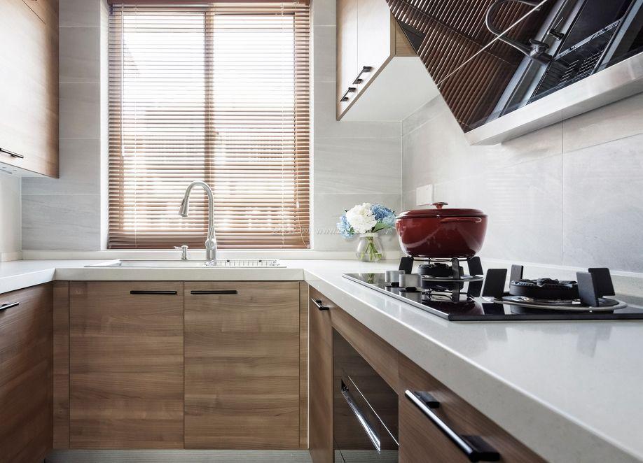 95平米三居室小厨房装修效果图_装修123效果图