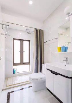 現代家居衛生間浴簾裝修圖片