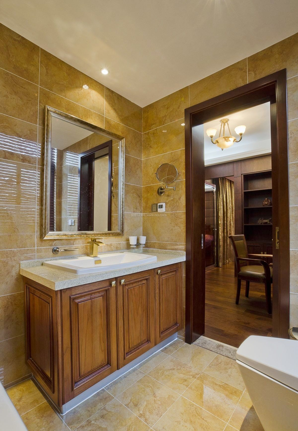 中式风格厕所浴室柜装修效果图片