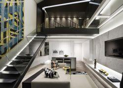 黑白現代風格復式樓閣樓樓梯