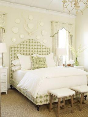 家居卧室装修设计图
