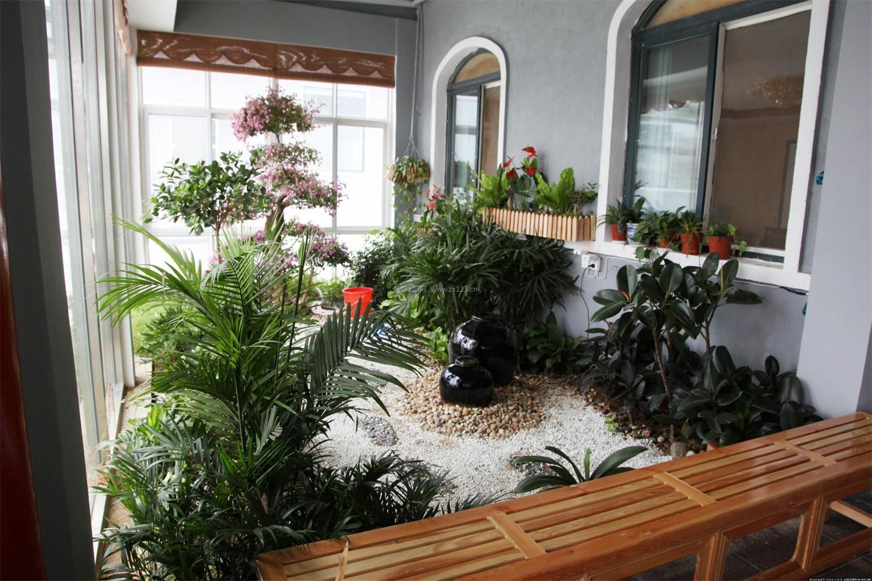 家庭客厅阳台入户花园装修图