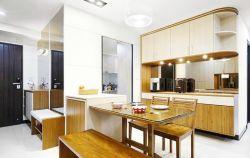 廚房與餐廳之間棕色櫥柜隔斷裝修效果圖片