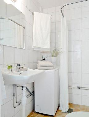 长方形小面积卫生间装修效果图
