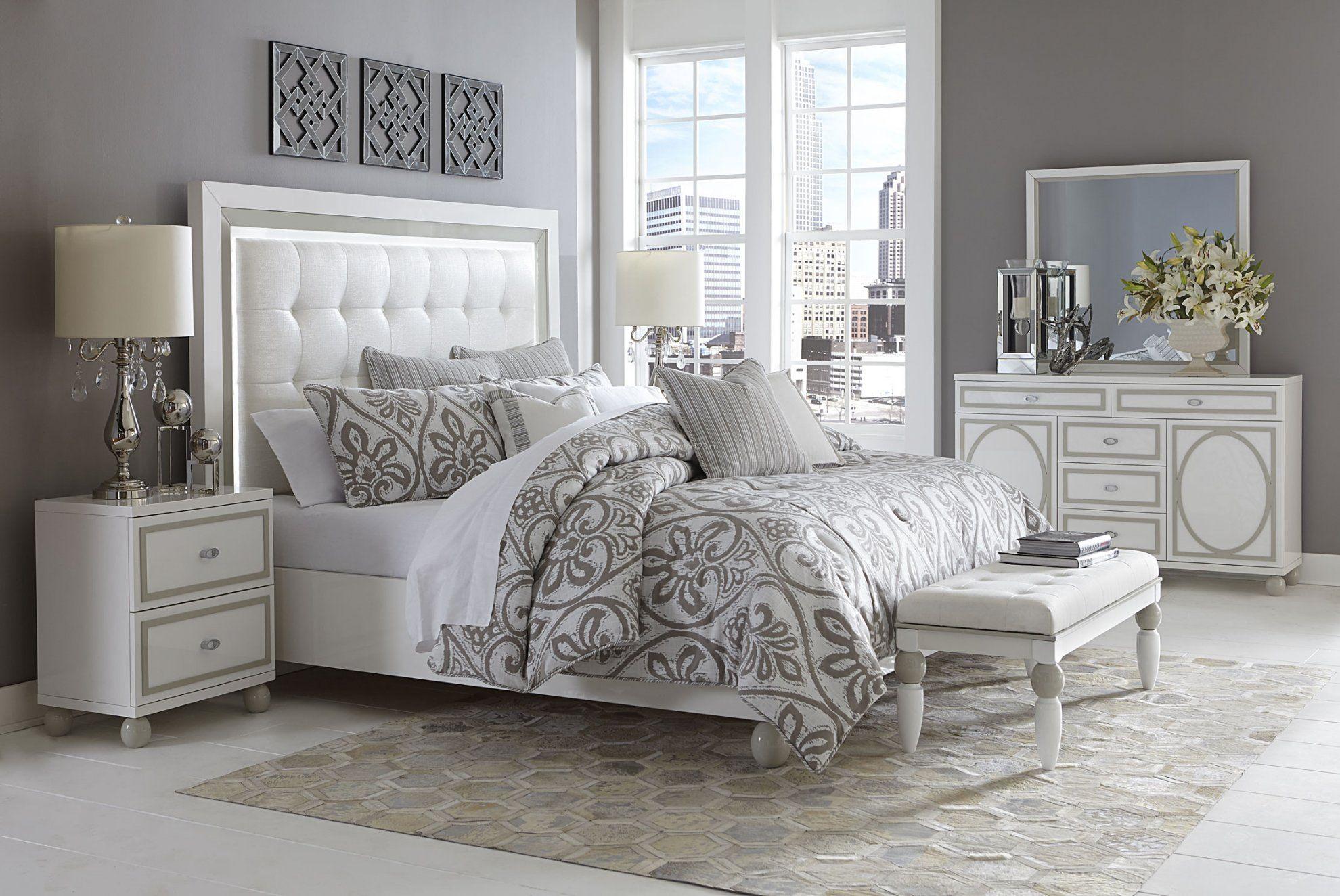 现代简约欧式卧室梳妆台