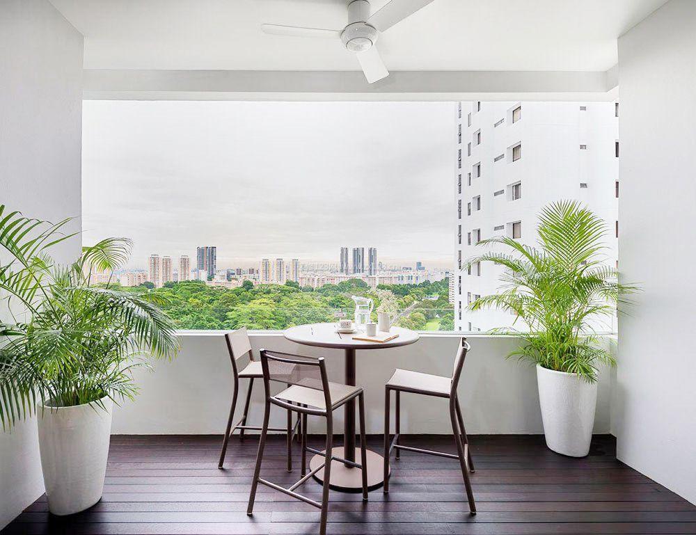 白色欧式客厅阳台实用装修效果图