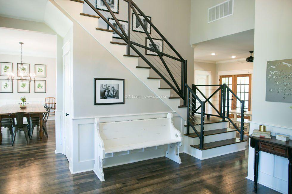 现代简约欧式风格顶楼带阁楼楼梯装修