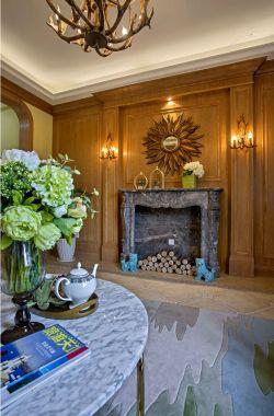 美式风格客厅电视墙壁炉装修效果图片