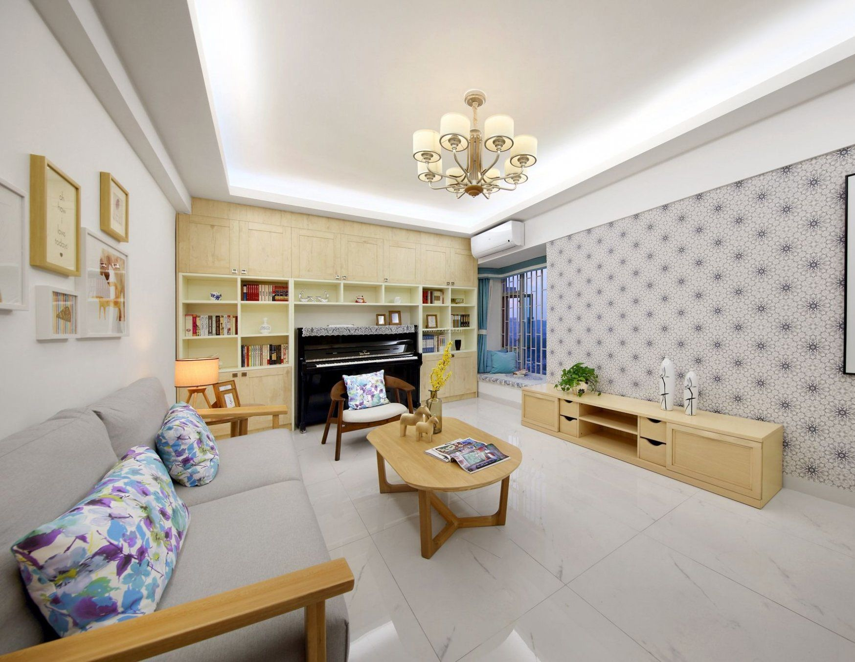 95平米房屋客厅实木装修效果图