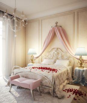 2017婚房卧室床头软包背景墙装修效果图
