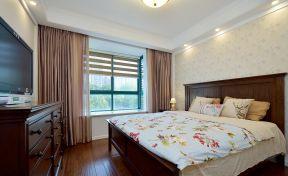 简单大方的房屋装修 卧室飘窗装修效果图