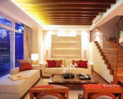 東南亞風格別墅客廳沙發擺放裝修效果圖片