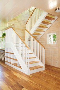 农村小别墅室内楼梯设计效果图片