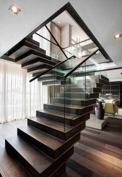 家装简约风格小户型跃层楼梯装修效果图欣赏