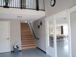 普通新房躍層樓梯裝修效果圖