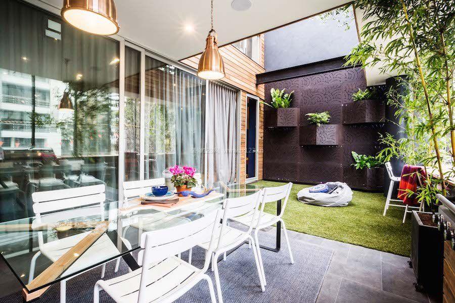 小别墅室内阳台地砖装修设计效果图