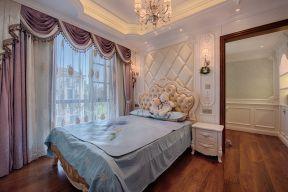 欧式风格卧室装修效果图片 床头软包背景墙装修效果图图片