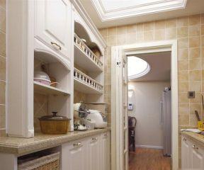 美式鄉村廚房門 白色門及門框效果圖