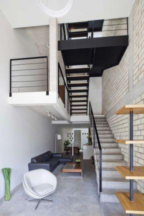 躍層樓梯裝修效果圖