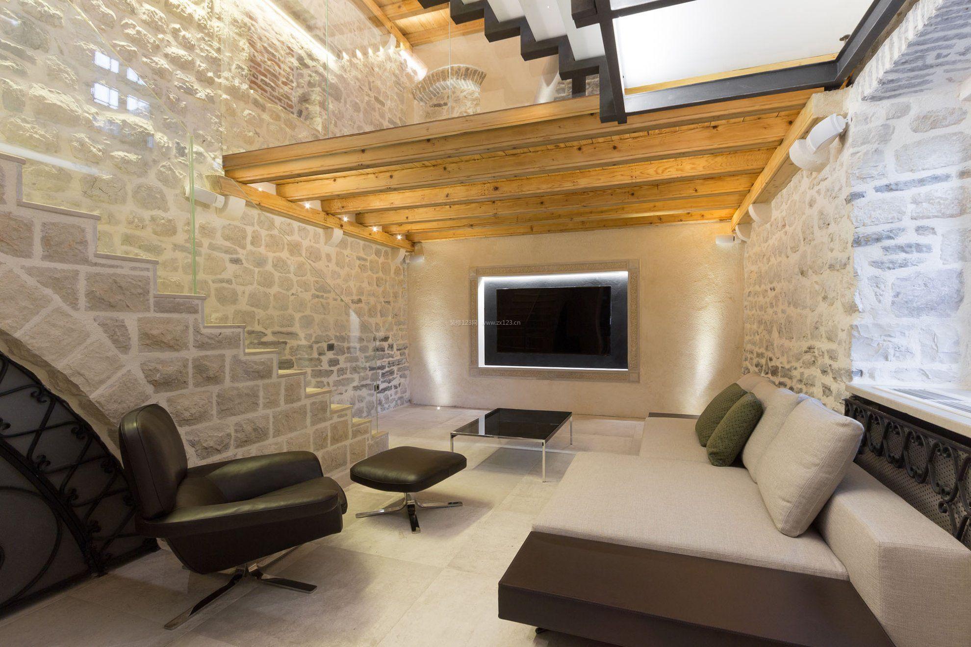 老房子改造客厅仿古砖装修图片