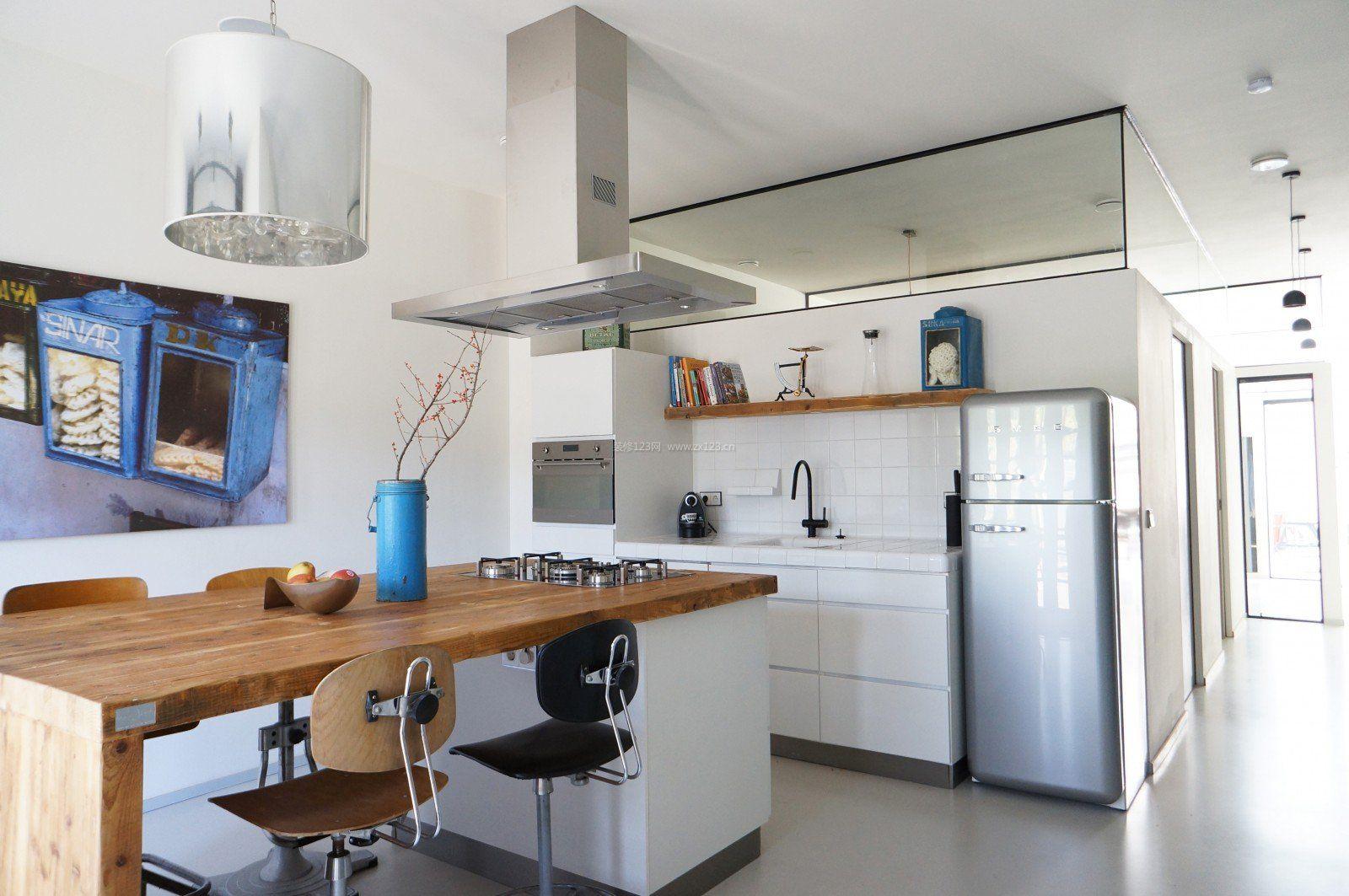 新房厨房餐厅一体装修效果图片