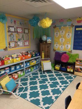 2018幼儿园中班室内墙面布置图片