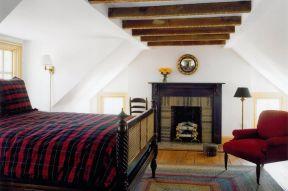 尖顶房屋室内装修效果图片欣赏