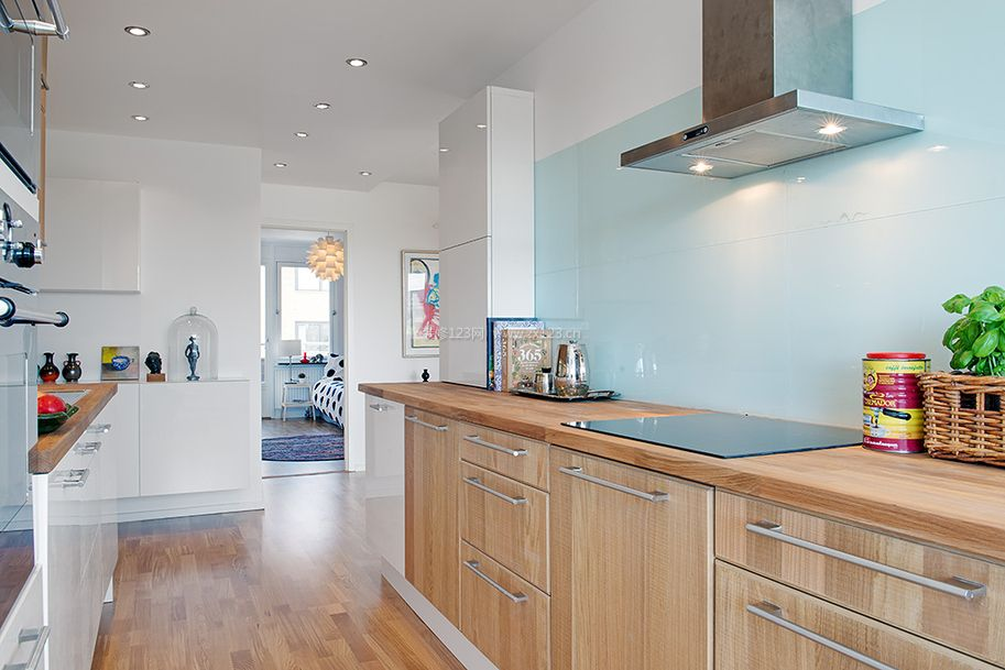 单身公寓厨房装修设计图片